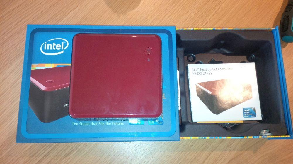 Inside the Intel NUC packaging