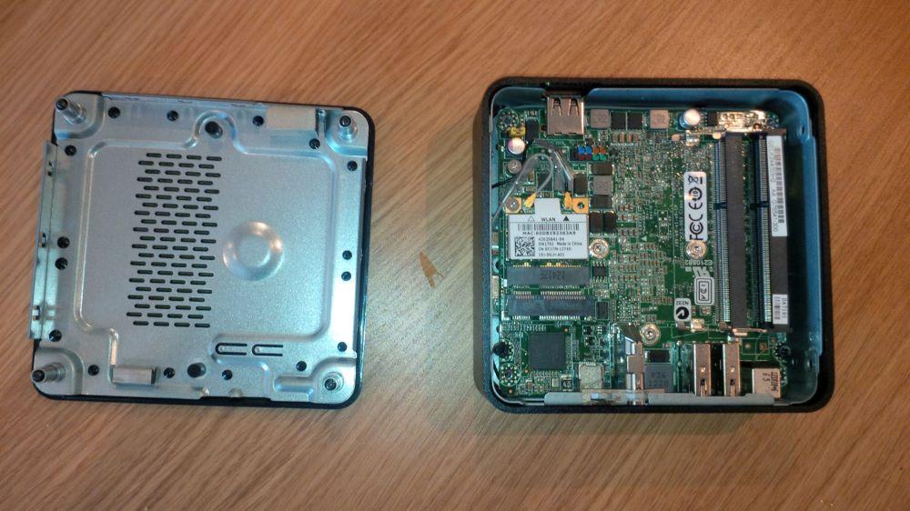 Inside the i3 Intel NUC DC3217BY